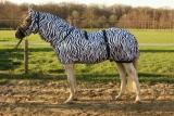 Hafer24 Ekzemerdecke Master mit Fliegenmaske -  Farbe zebra